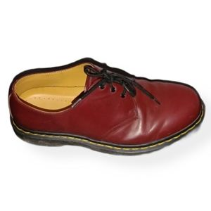 Dr. Martens Smooth 3 Eye Shoe Cherry Red 10